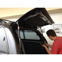 Laminátová náhrada dveří na CKT Nissan D40 Work I / Windows I