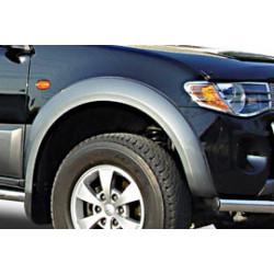 Lemy blatníků - Mitsubishi L200 do 06 Dbl-Cab. šedé