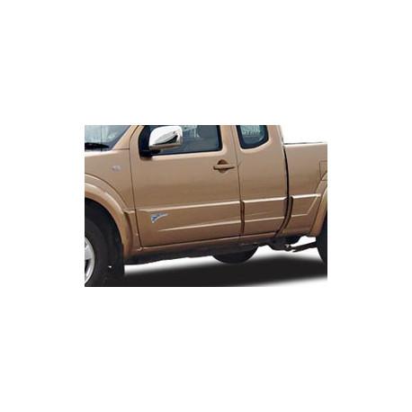 Body Clading Nissan D40 - painted - vč laku (plasty na ochranu dveří)