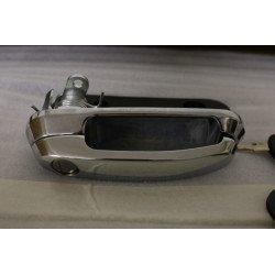 Klučka so zámkom a kluči pre hardtop Carryboy - Chrom - povrch
